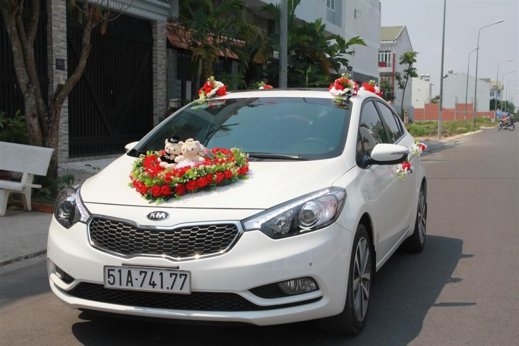 Cho thuê xe hoa giá rẻ Kia K3