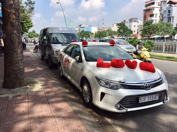 Xe du lịch Á Châu – dịch vụ chuyên cho thuê các loại xe hoa – xe cưới đẹp, giá rẻ tại TPHCM