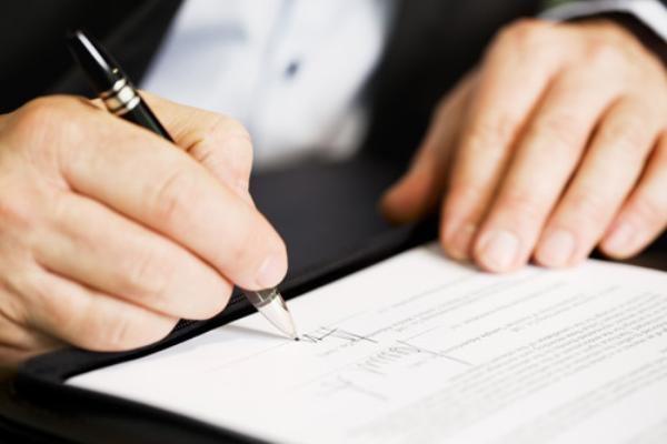 Chọn dịch vụ có hợp đồng rõ ràng