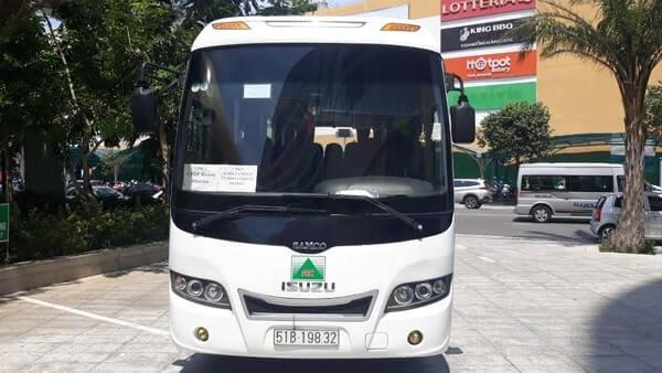 Thuê xe du lịch 29 chỗ uy tín tại TPHCM