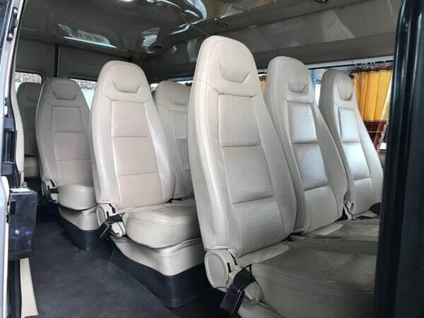 Thuê xe du lịch 16 chỗ uy tín